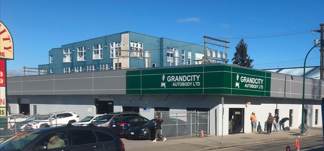 車城車身維修中心位於加拿大溫哥華